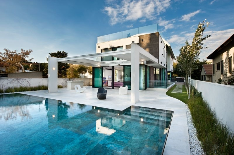 Ultra modern house for sale herzliya pituach luxury for Ultra modern houses for sale