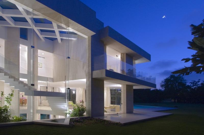 Modern House for rent in Kfar Shmaryahu Luxury real estate